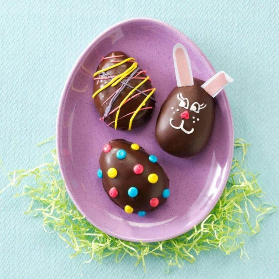 Call the kids to the kitchen - it's time to whip up some easy candy recipes. These homemade treats are chocolaty, fruity and, best of all, ready for the Easter basket. Now, hop to it!