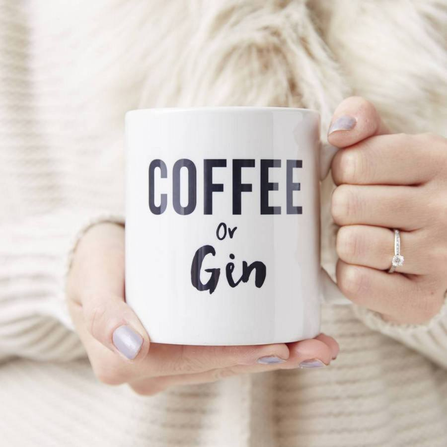 Coffee is an essential part of our day, as it wakes us up and prepares us for a day full of errands, meetings, creativity and adventures.