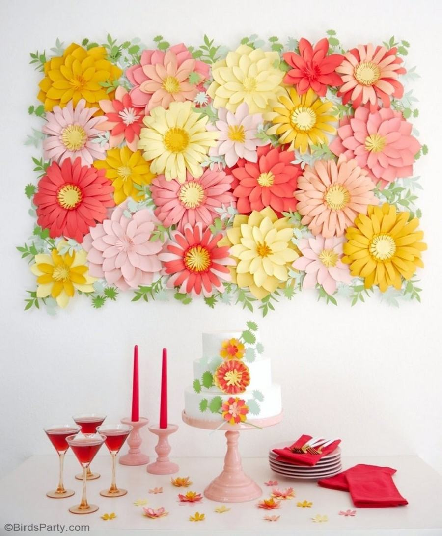 If you are hosting a cool Galentine party this year, it's high time to make the last preparations.