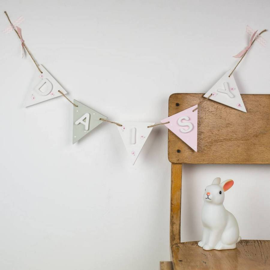 It'll come as no surprise to you, that they've been teasing us lately about how we've been spending a lot of time looking at all kinds of homemade decorative garland and bunting ideas again.