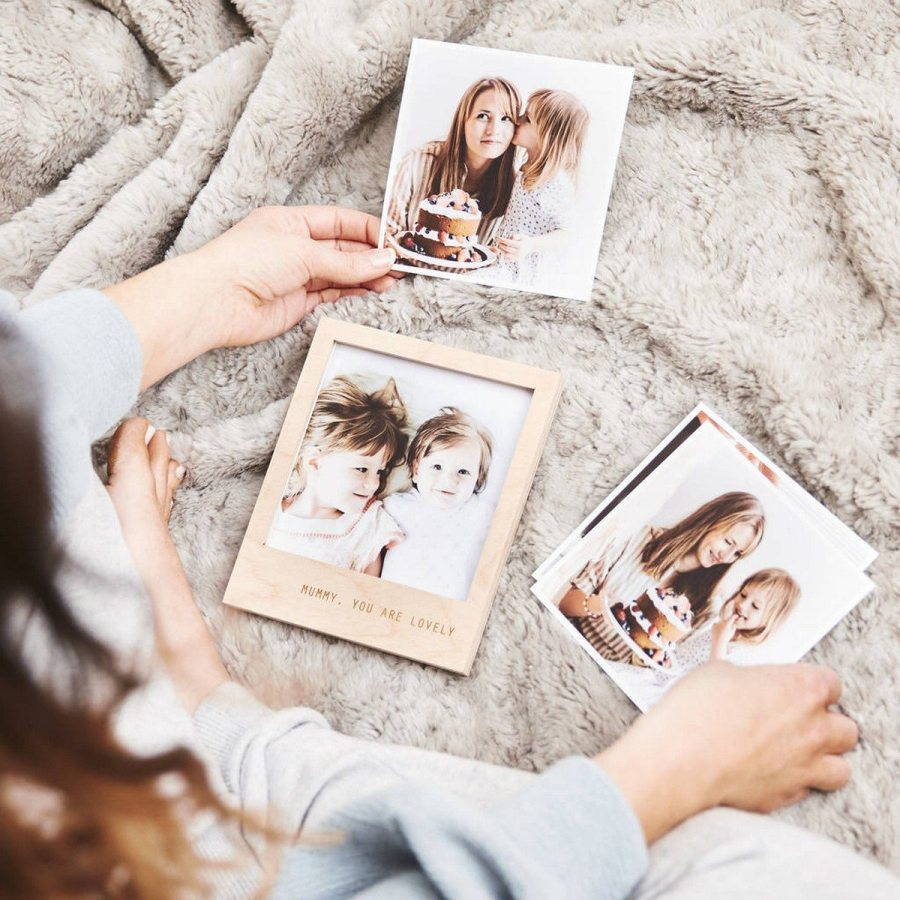 These beautiful wedding photo books and frames let you relive every amazing moment from your wedding day.