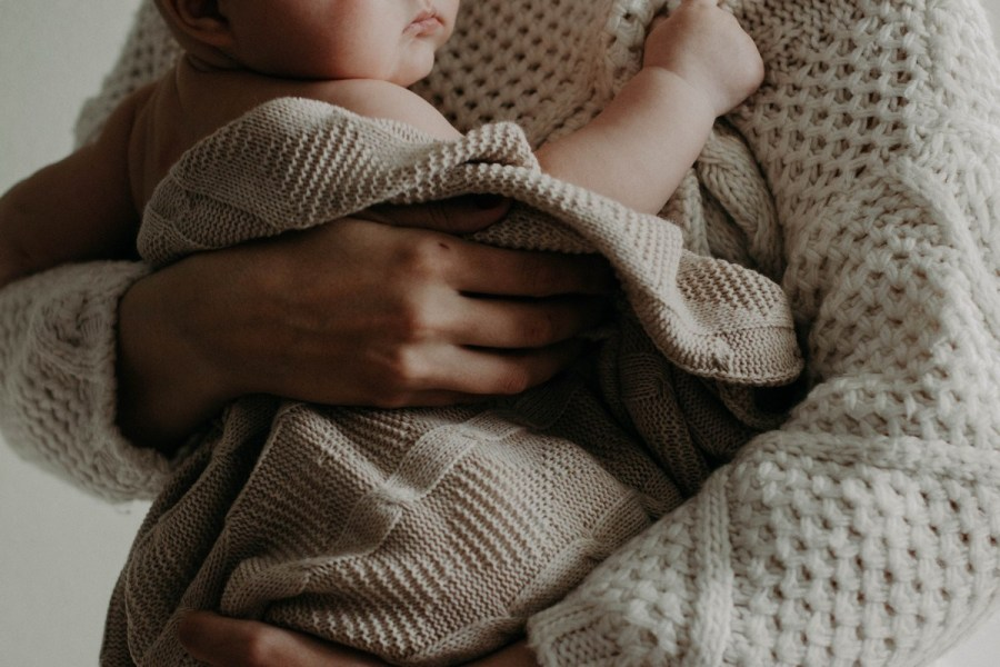 A comforter is a soft toy or small blanket that is also sometimes referred to as a 'transitional object.' A baby comforter is a small soft object that provides baby with a sense of safety and security.