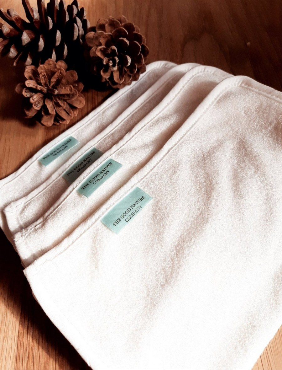 Every parent will agree, baby wipes are the changing bag essential you just couldn't live without. You'll need what feels like an endless supply and will use these wipes on your baby's delicate skin, to clean up spilled drinks and even take your make up off at the end of the day.
