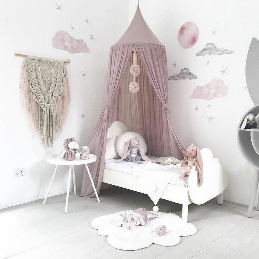 Dreaming of a canopy for your little girl's bedroom? You don't need to be an expert to make it work.