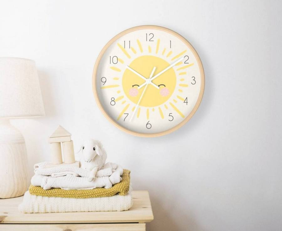 From the tiny details to the color inspiration of the walls you can learn more about the cutest yellow nursery ideas around us.