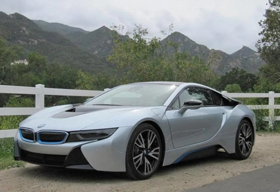BMW i8 hybrid supercar | new car sales price - Car News ...