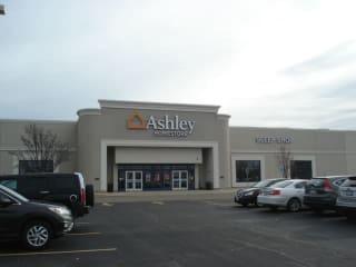 ashley homestore broadview il