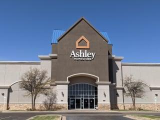 https stores ashleyfurniture com store us texas lubbock 7710000427