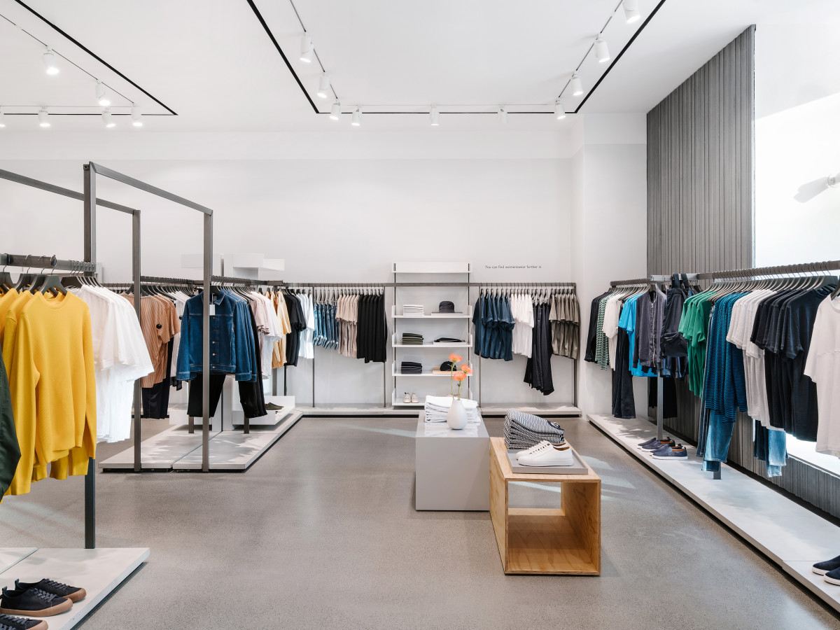 High-end H&M quietly unpacks first-ever Austin shop in the Domain ...