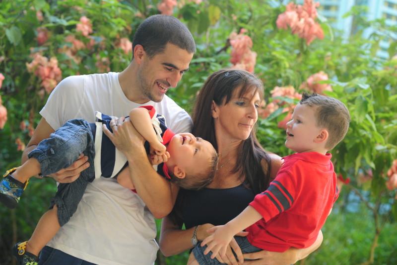 Kelly Family at Camana Bay