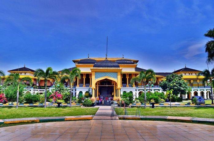 Istana_Maimun_-_wisata_sumatera_utara
