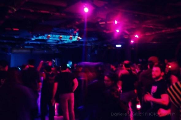 wreckroom_lights01