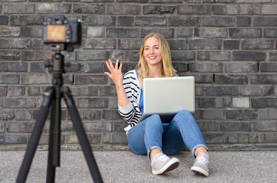 Vloger 1 Cara Membuat Vlog Di Youtube, Jadi Vlogger Itu Mudah Kok!