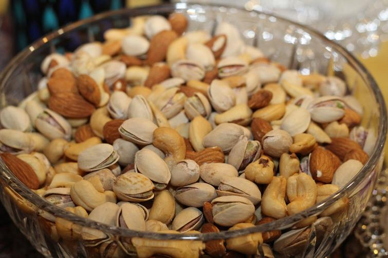 nuts for hair growth