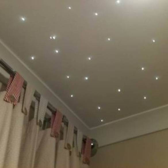 Starlight nursery ceilings : Modern nursery/kids room by Lancashire design ceilings