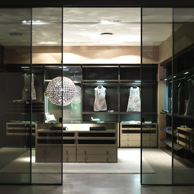 Bespoke open walk-in-wardrobe : Wardrobes & drawers by Lamco Design LTD