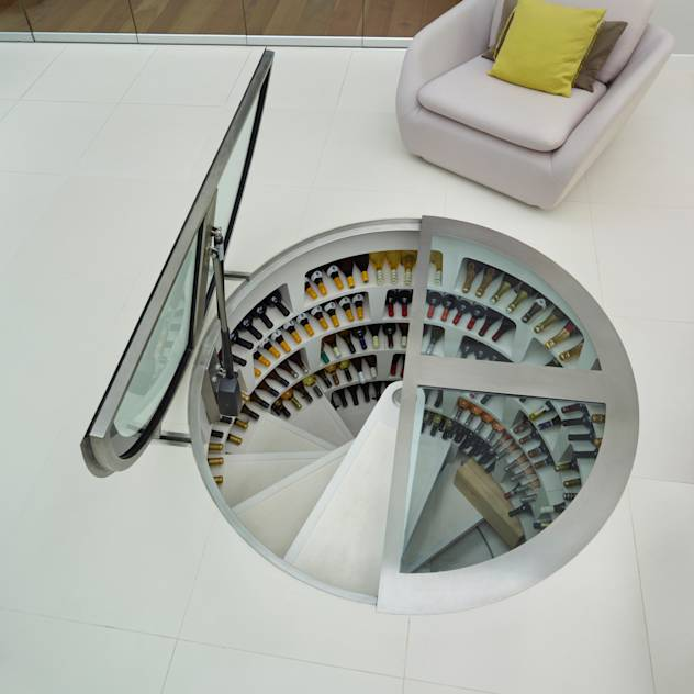 Round Hinged Trap Door and White Spiral Cellar : de Spiral Cellars