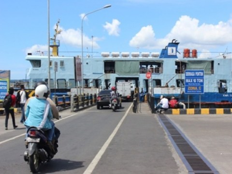 Tarif_pelabuhan_penyebrangan_ketapang-naik