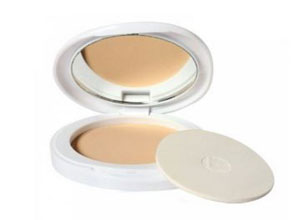 Lakme Perfect Radiance Intense Whitening Compact
