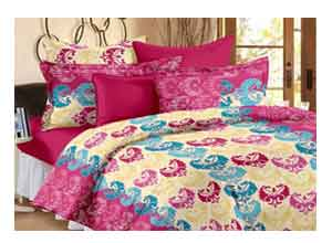 Home Candy 120 TC Double Bedsheet With 2 Pillow Covers Pink