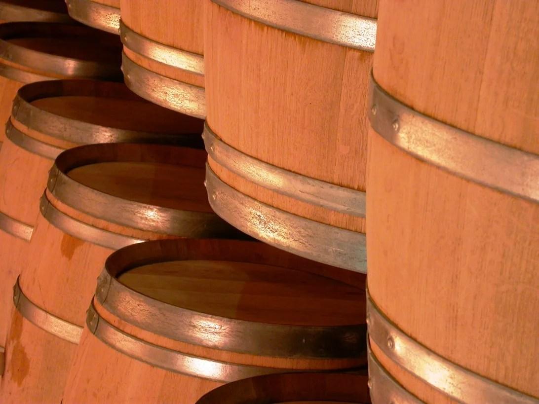 Nuevas-barricas-aromatizadas-para-guardar-el-vino-El-Portal-del-Chacinado
