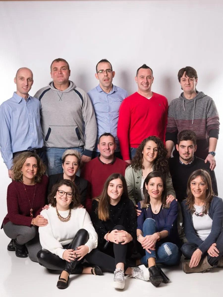 kidsfoto.es Sesiones fotográficas de  grupo en Zaragoza, fotografía de familias.