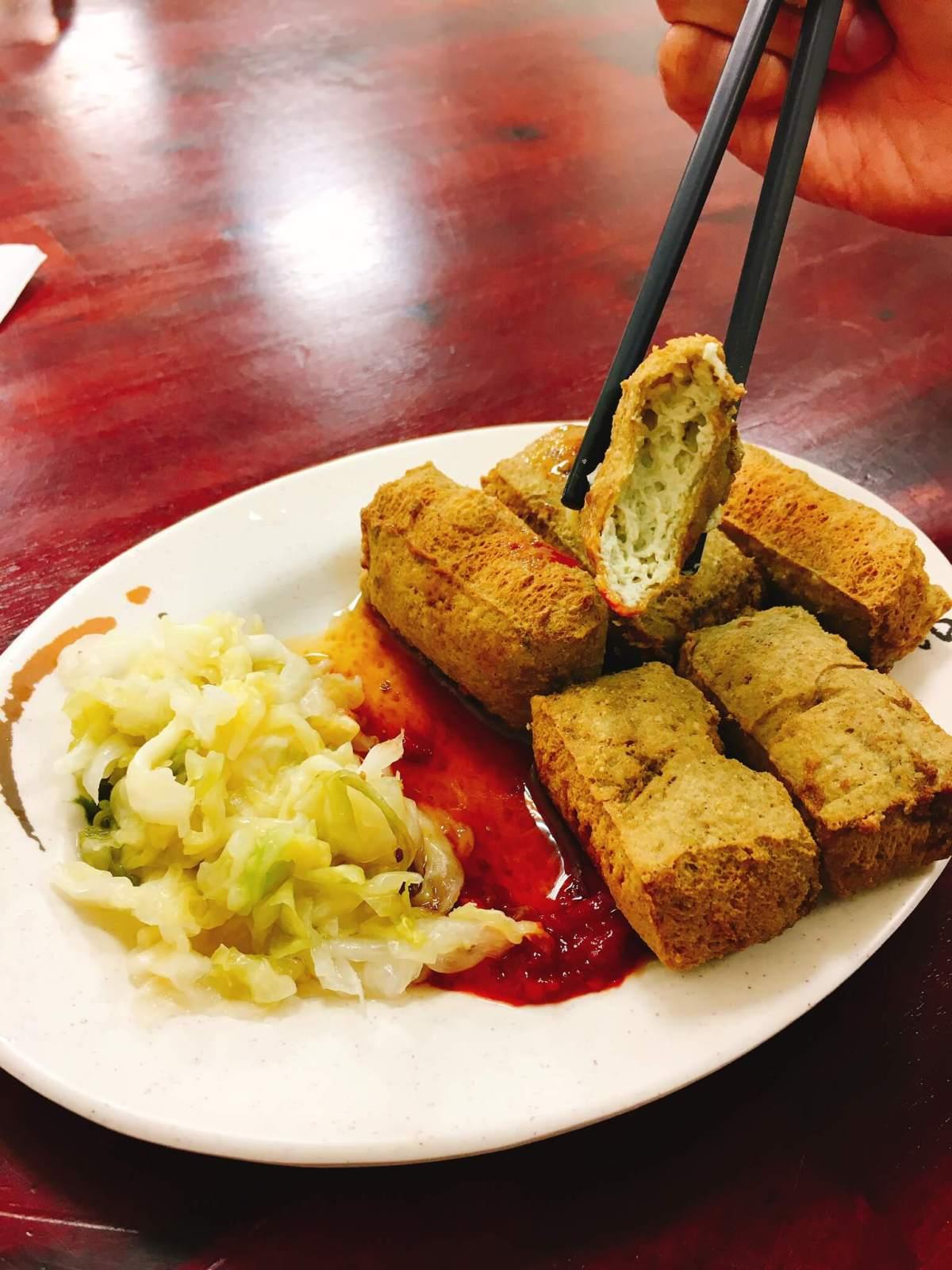 宜蘭舊城區-羊陶:炸臭豆腐