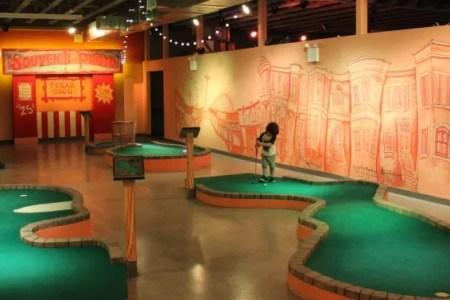 Indoor Skydiving » indoor golf houston   Indoor Skydiving