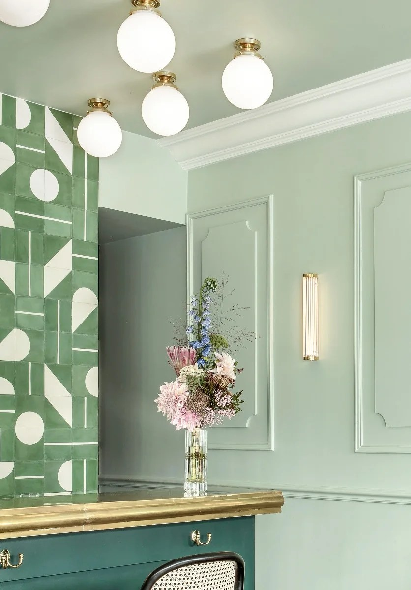 a guide to entry and hallway lighting