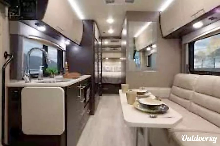 2018 Thor Motor Coach Axis Motor Home Class A Rental In