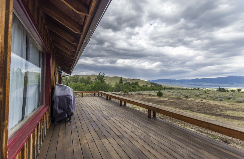 Yellowstone Honeymoon Vacation Packages