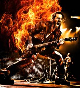 Bumblefoot_-_photo_by_Katarina_Benzova_art_by_SavanasArt_fire-guitar
