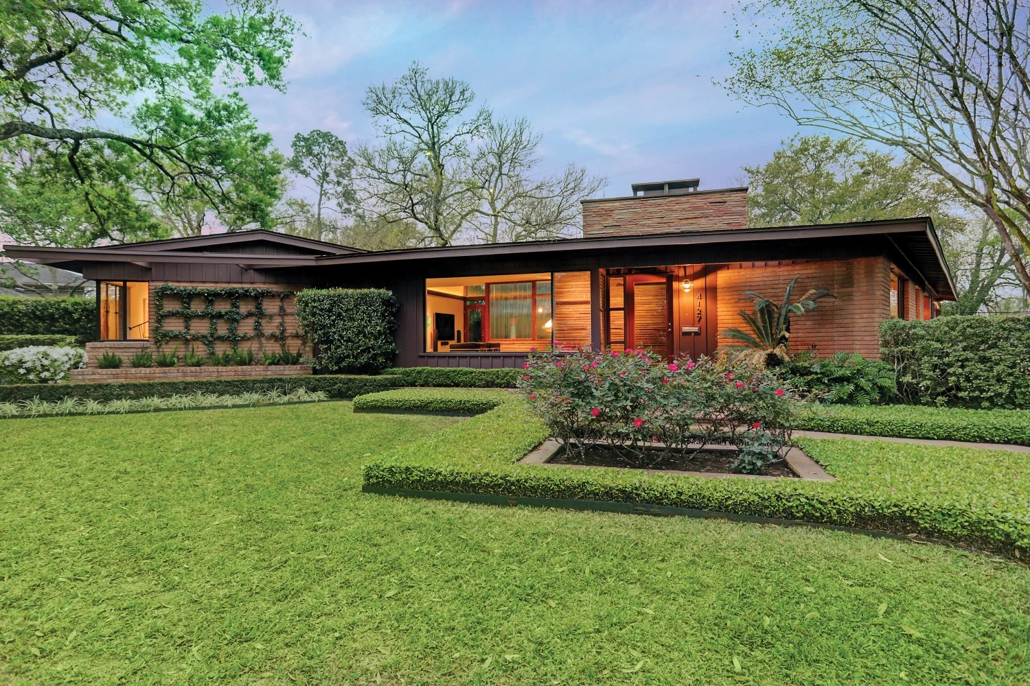 This Midcentury Modern Ranch Is Now An Art House Houstonia