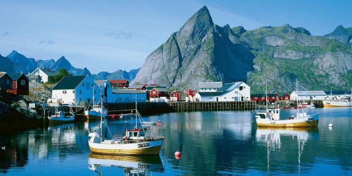 نتيجة بحث الصور عن Lofoten Islands norway
