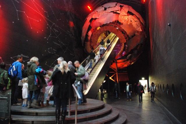 L'entrée épique du musée d'histoire natuelle