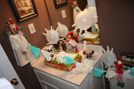 Elves had fun in this bathroom