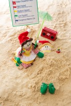 Elf on vacation at the beach