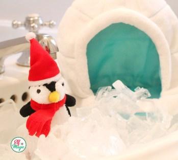 Elf Magic Pom Pom Penguin and his Igloo