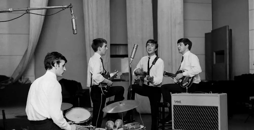 Grabación: Besame Mucho, Love Me Do, PS I Love You, Ask Me Why – Primera sesión de grabación de The Beatles en Abbey Road