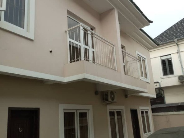 3 Bedrooms Duplex for rent at Lekki Phase 1