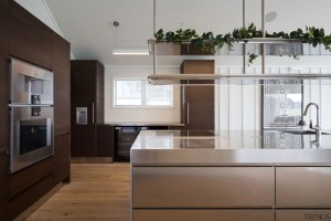 Beach House Appeal With A Modern Tw Gallery 1 Trends