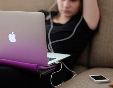 """Apple Tawarkan Rp 2,6 Miliar bagi Penemu """"Bug"""""""