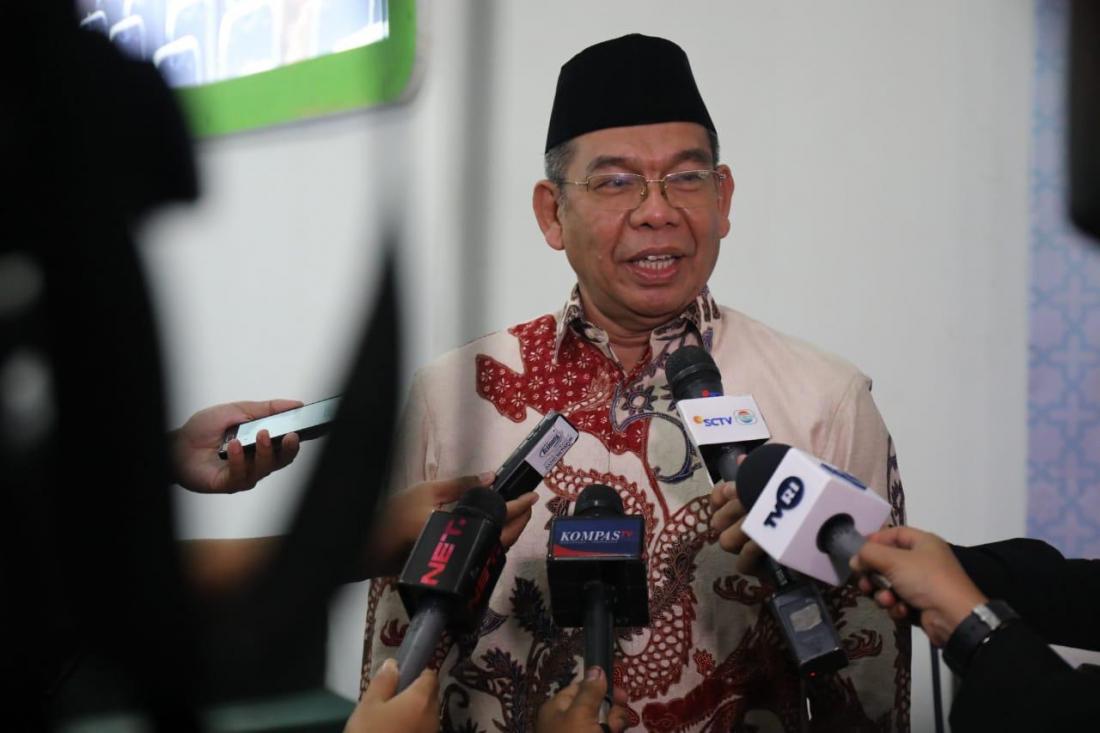 Direktur Bina Haji Khoirizi H Dasir