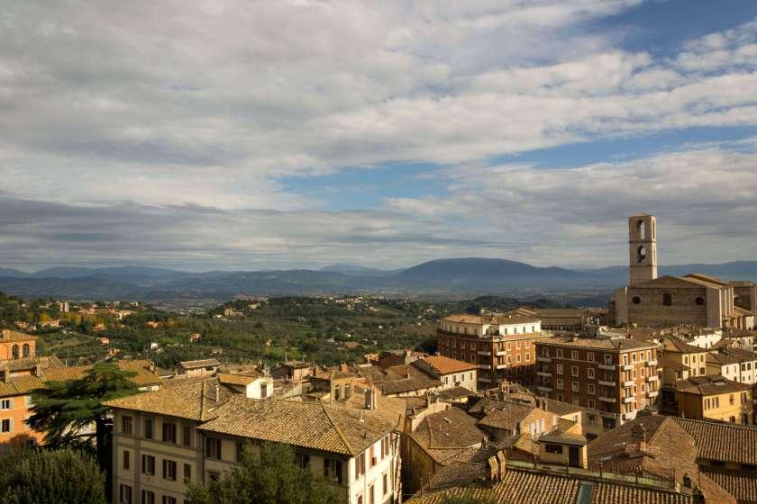 Panorama dall'alto della città di Peurgia