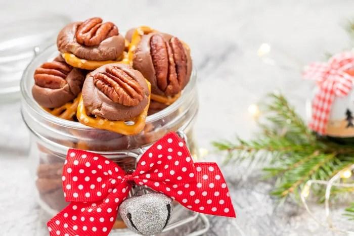 Pecan caramel pretzel candies