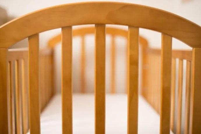 Baby crib frame