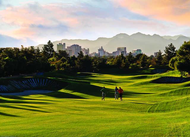 Desert Pines Golf Club In Las Vegas Nevada Usa Golf