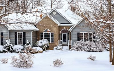What Do the Professionals Say About Lowering Your Thermostat Temperature During the Winter Months?
