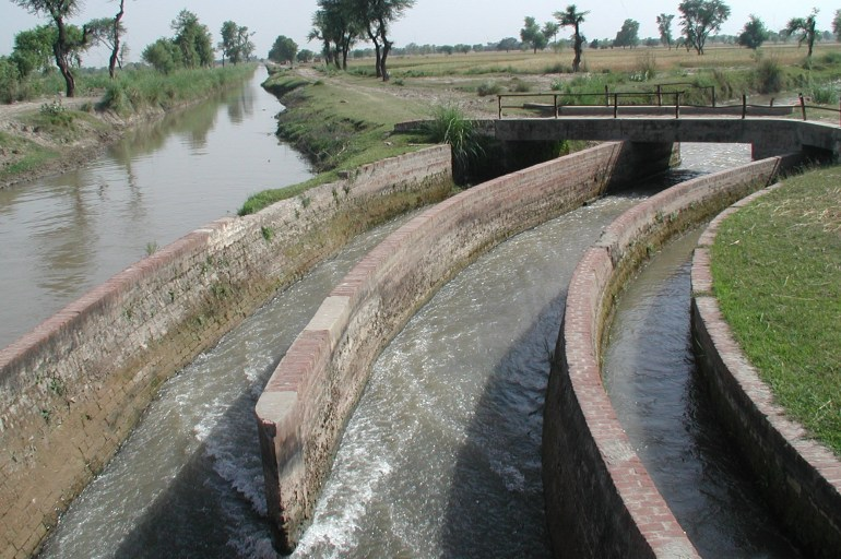 Water distribution system pakistan
