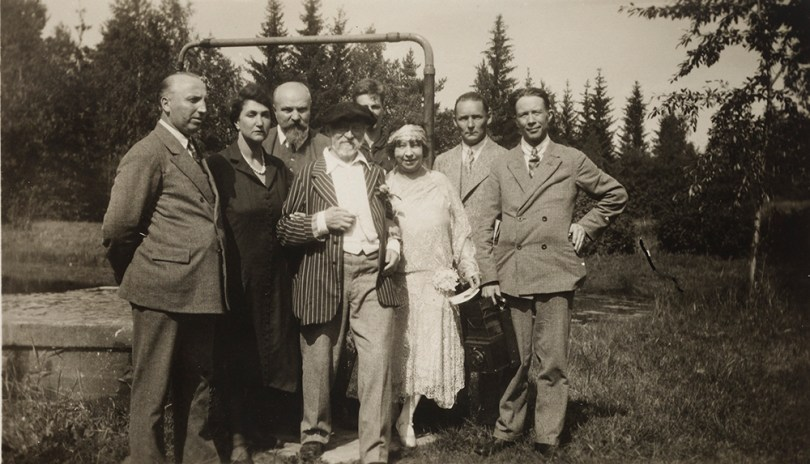 Ilya Repin and Vera Repina (centre, front) with their neighbours at Repin's 85th birthday celebrations in Kuokkala on 5 August 1929. Vasily Levi is third from left. Photographer unknown. Lauri Haataja Repin Collection. Archive Collections, Finnish National Gallery